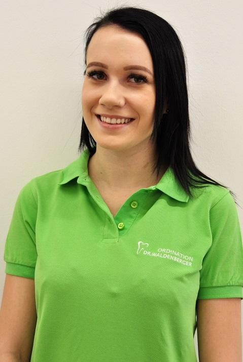 Dipl. zahnärztliche Assistentin Viktoria